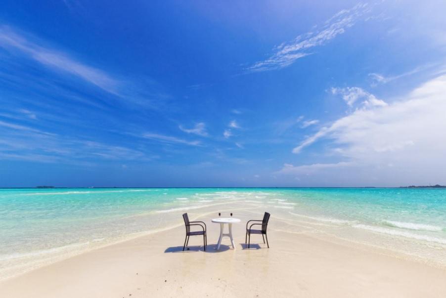 VIAJE A MALDIVAS: VUELOS DESDE MADRID + 7 NOCHES 576 EUROS (Fechas puente Diciembre)