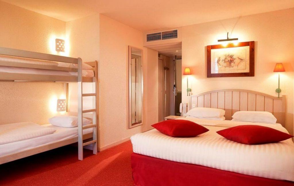 HOTEL KYRIAD DISNEYLAND PARÍS