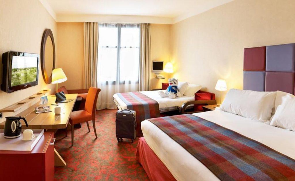 hotel super barato disney