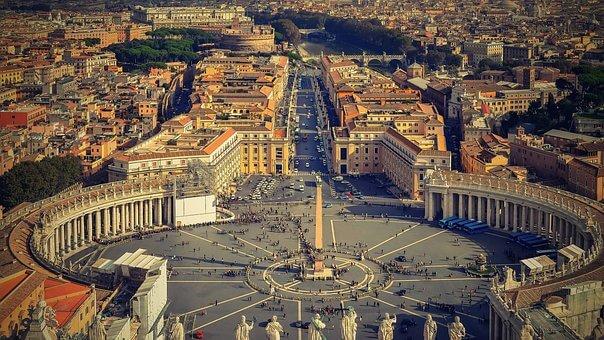 Roma Semana Santa: Vuelos + 3 noches desayuno + Tour con guía desde 100 Euros